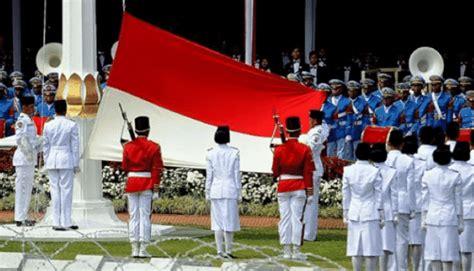 susunan upacara bendera  agustus  bahasa inggris