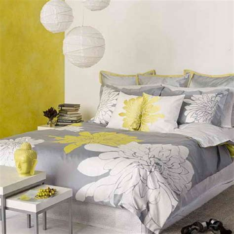 Yellow And Grey Room Decor by Bedroom Yellow And Gray Bedroom Ideas Decorating A