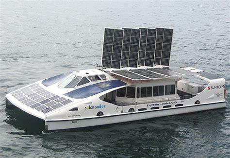 bootje op zonne energie veerpont op zonne energie energienieuws