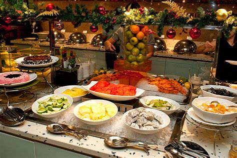 new year buffet at plaza brasserie buffet 2011 plaza brasserie parkroyal on