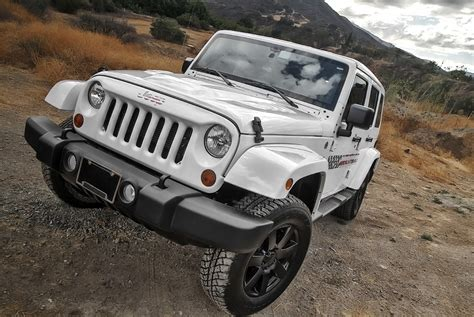Looking Jeeps Looking Jk Grille And A Custom Jeeps Canada