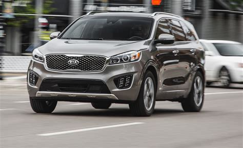 kia soorento car review 2015