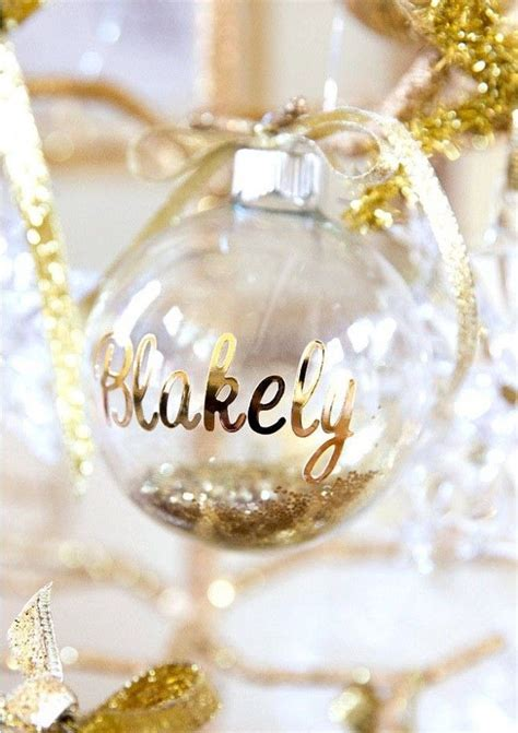 Wedding Favors Ornaments by 25 Best Ideas About Ornament Wedding Favors On