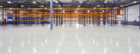 pavimenti industriali cemento pavimenti industriali a confronto cemento resina o pvc