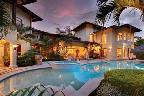 casa tropical caribbean collection