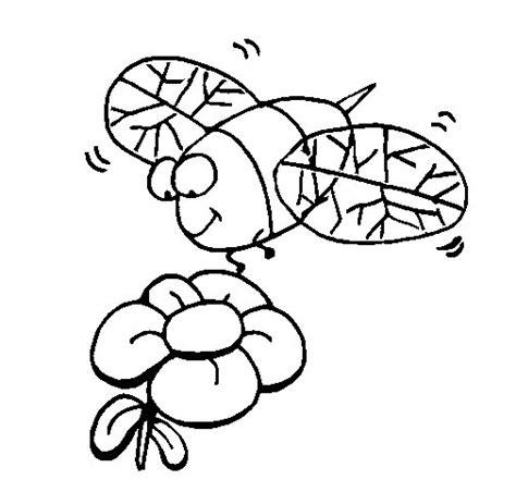 disegno di un fiore disegno di vespa con un fiore da colorare acolore