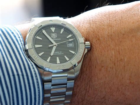Hands on Review: TAG Heuer Aquaracer 300m   The Home of TAG Heuer Collectors