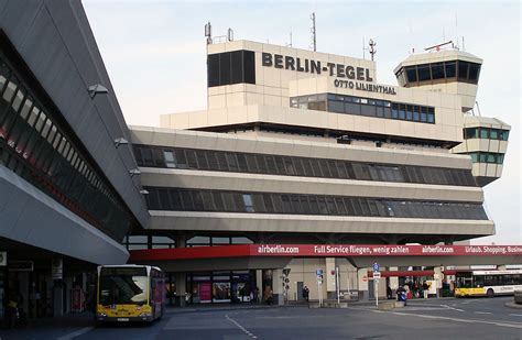 berlijn tegel of schonefeld berlin airport wheelchair accessibility wheelchairtravel org