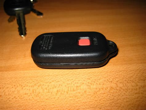 Replace Battery In Toyota Key Fob Toyota Key Fob Battery Replacement