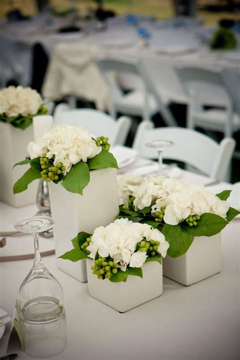 White Wedding Vases by 17 Best Ideas About Flower Centerpieces On