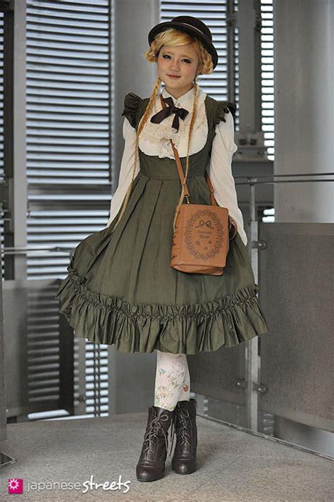 Fall Decorations Home by Fashion Japan Asuka Shinjuku Tokyo Burideco Brilliant