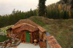 hobbit homes hobbit house 8 pics