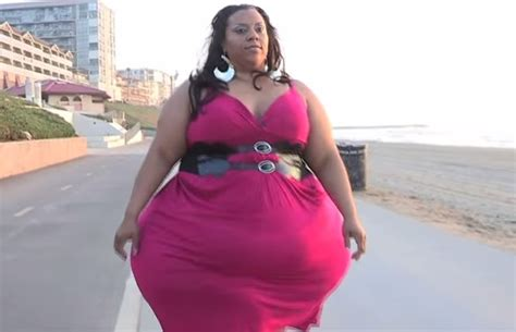world bigest female virgina woman with the largest hips in the world video people