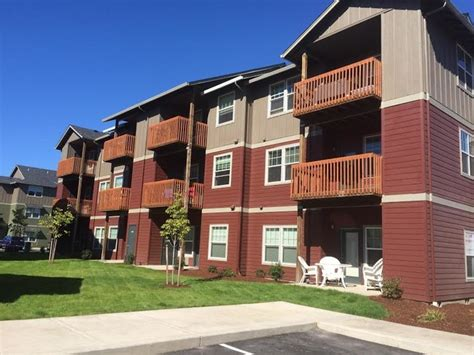 1 bedroom apartments in albany oregon plumtree luxury apartments rentals albany or