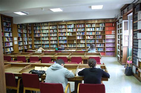 la biblioteca de los biblioteca de la universidad de oviedo biblioteca de ciencias e inform 225 tica nuestras bibliotecas