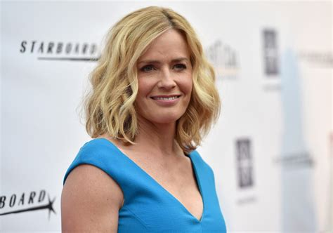 hollywood actress elisabeth shue elisabeth shue pictures behaving badly premieres in
