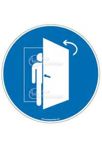 panneau la porte