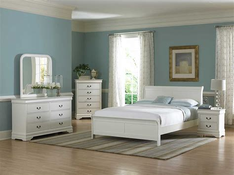 how to arrange furniture in a small bedroom popular - Small White Bedroom Furniture