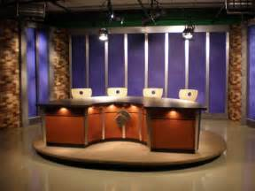 studios desk set attend the taping of a live tv show list