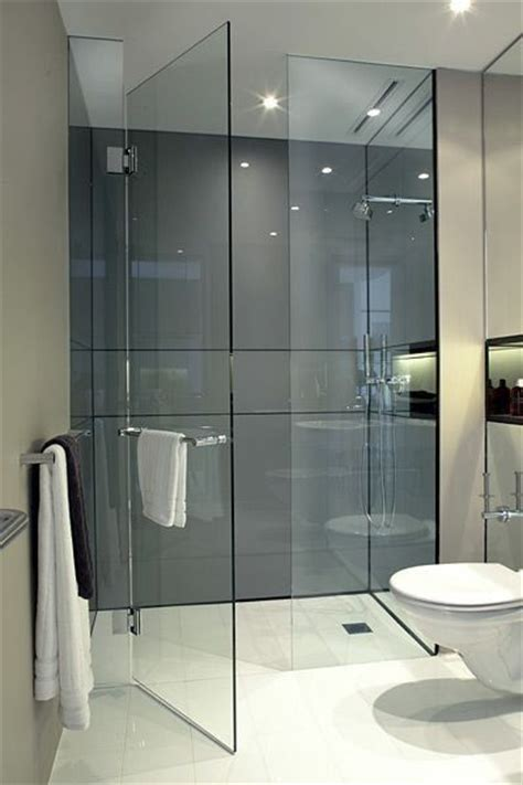 Walk In Shower Doors Glass Best 20 Glass Shower Doors Ideas On Pinterest Frameless Shower Doors Bathroom Showers And Shower