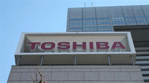 toshiba earnings report toshiba faces earnings deadline as delisting looms