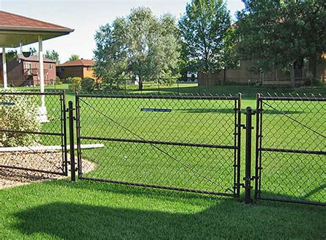 cost to fence backyard cost chain link fence backyard driverlayer search engine