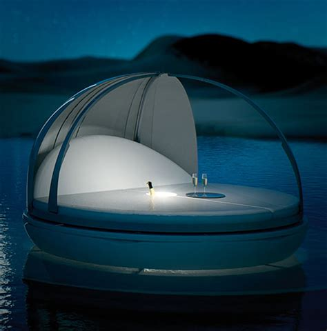 futuristic beds futuristic day bed by fanstudio