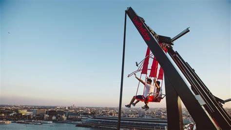 swing over the bar el nuevo columpio m 225 s alto de europa te dar 225 mucho miedo