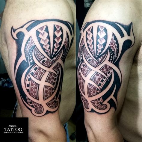 tattoo artist training course where students learning how to make