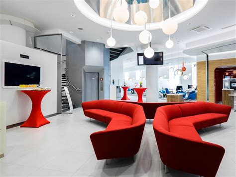 bank austria salzburg filialen serie banking 2 0 bank austria er 246 ffnet flagship in