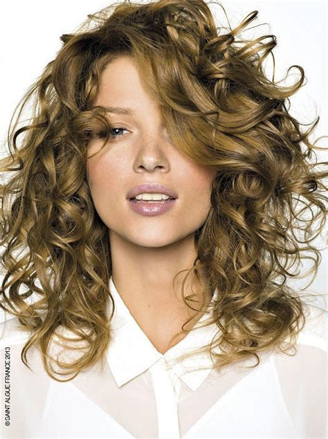 curly dirty blonde hair dirty blonde hair color ideas