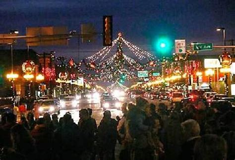 alexandria christmas in the fort light up broadway