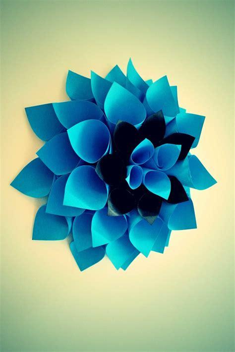 come costruire un fiore di carta come creare un fiore di carta fai da te per decorare la casa