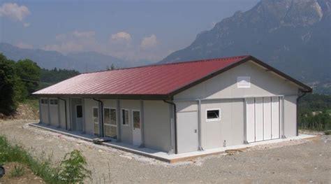 capannoni prefabbricati in ferro prezzi capannoni prefabbricati industriali agricoli e magazzini