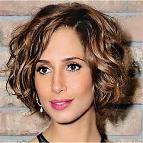 cortes para cabello rizado para mujeres de 50 aos m 225 s de 25 ideas fant 225 sticas sobre cortes modernos para