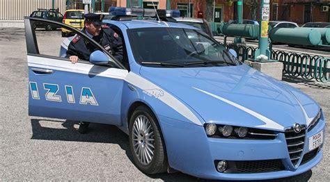 volante polizia di stato polizia di stato cerimonia religiosa a vallecorsa e