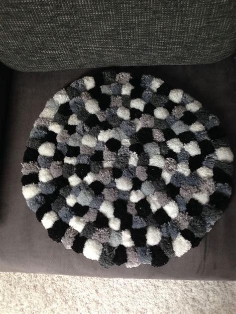 pompom teppich pompom teppich grau schwarz weiss tina s ideenwelt