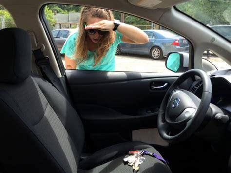 come aprire una porta senza chiave aprire auto senza chiavi come fare