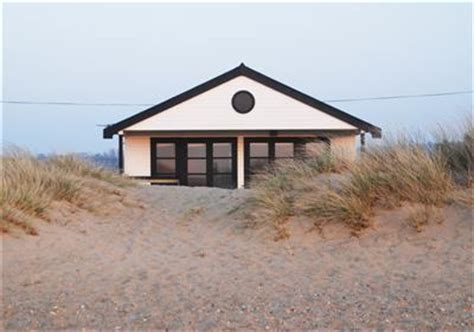 Holiday Cottages 6 Bedrooms The Beach House Norfolk Holiday Property In Norfolk