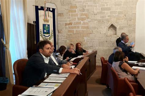 sedute consiglio comunale trani consiglio comunale seduta al via con 16 presenti