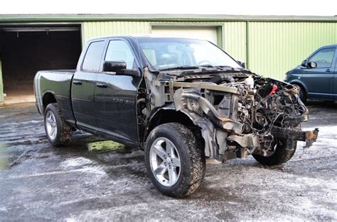 used dodge ram 1500 5 7 hemi 4x4 for spare parts cars year