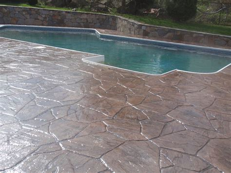How To Seal Concrete Patio by Sted Concrete Glaze N Seal Products