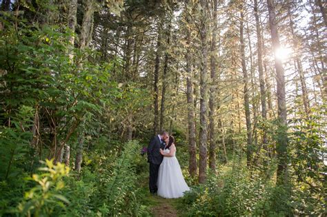Nova Scotia Wedding Photographer » Caitlyn Colford Photography