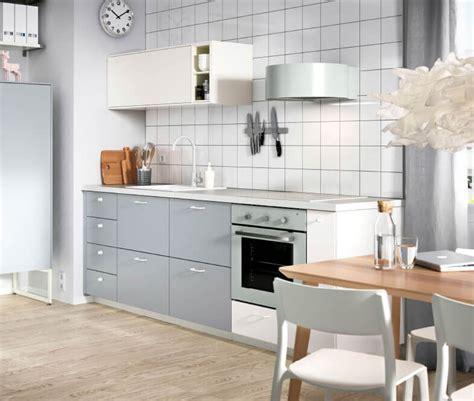como aprovechar el espacio en una cocina pequena
