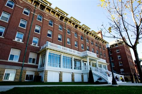 Loras College Mba by Loras College Profile Rankings And Data Us News Best