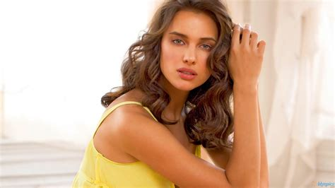 Topi Model Rusia top 10 most beautiful russian models