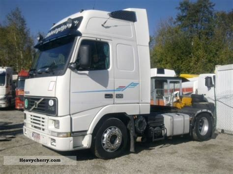 volvo tractor trailer volvo fh16 520 1998 standard tractor trailer unit photo