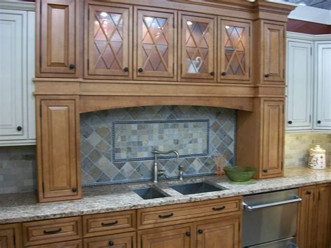 clean cabinet doors clean grease your cabinet doors home cleaning