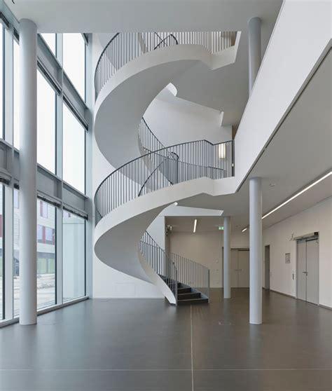 foyer treppen tab themen klima l 252 ftung fachartikel b 252 ro und