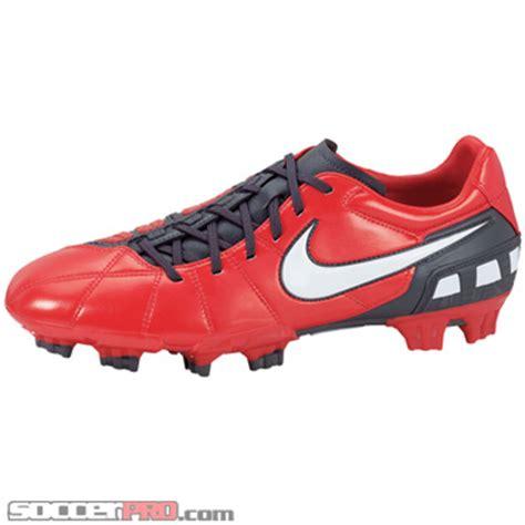 imagenes nike total 90 nike total90 shoot iii review soccerprose com